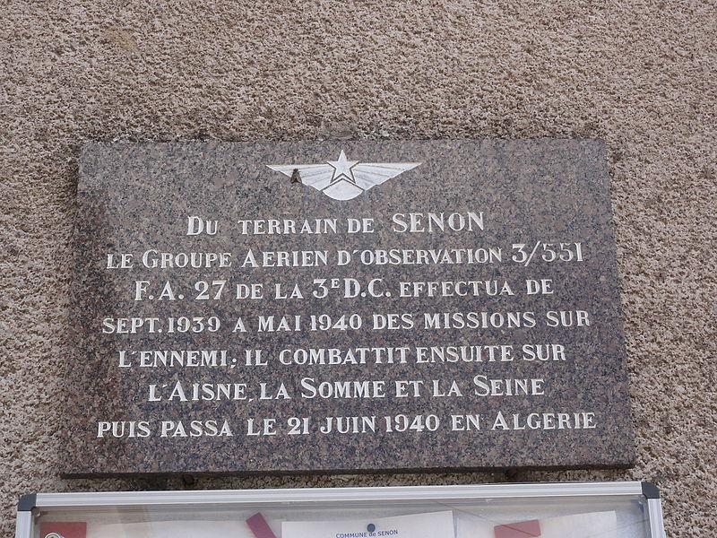 Senon (Meuse) mairie, plaque A, memorial aviateurs
