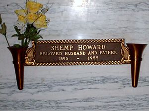 Shemp Howard - Crypt of Shemp Howard at the Home of Peace Cemetery