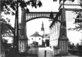 Slavnostní brána Litovel 1925 - 1932.png
