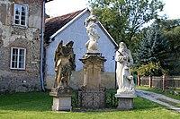 Sousoší P. Marie (Svatý Jan pod Skalou)3.jpg