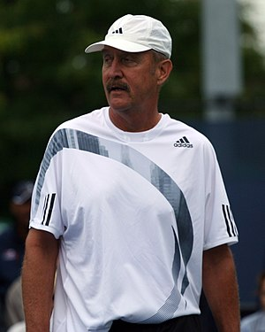 Stan Smith - Image: Stan Smith 2009 US Open 01