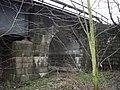 Stará trať Havlíčkův Brod (Německý Brod) - Brno 38 nový železniční most vedle staré tratě.jpg