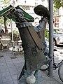 Statue of Géza Hofi, BudapestDSCN3419.jpg