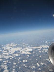 S 90 3 >> Stratosfera – Wikipedija