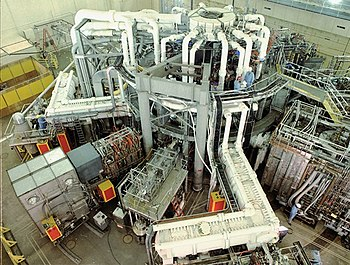 English: Outside view of the Tokamak Fusion Te...