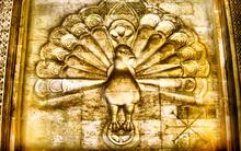 Yézidisme religion minoritaire 220px-Tausi-Malek