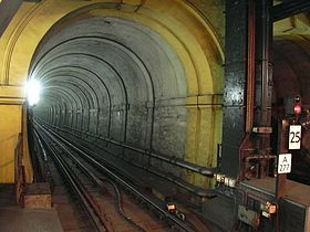 Tunnel en 2005, depuis la station « Wapping » (London Overground, East London line).