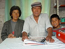 Argentina-Etnie-The Tolaba Family - Proprietors of Roadside Cafe en route to Cachi - Argentina