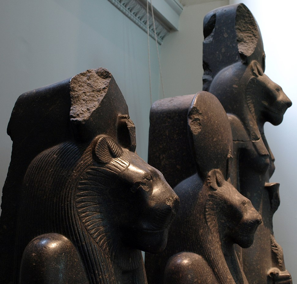 ThreeStatuesOfGoddessSakhmet-ProfileView-BritishMuseum-August19-08