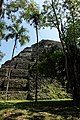Tikal 2-19 (32632172723).jpg