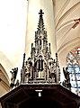 Toit sculpté de la chaire de l'église de Remiremont.jpg