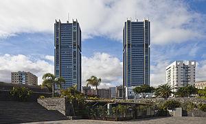 Torres de Santa Cruz - Image: Torres de Santa Cruz, Santa Cruz de Tenerife, España, 2012 12 15, DD 01