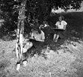 Tov. Matelič in Šuštar pri delu, Peč 1949.jpg