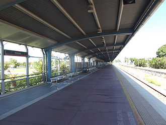 Townsville railway station - Southbound view in January 2013
