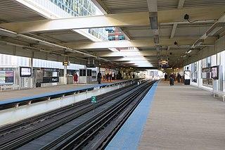 "Merchandise Mart station Chicago ""L"" station"