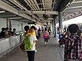 Trajno de limo kun ĉeftero ĉe Ŝenĵeno al la Centro (Honkongo) 05.jpg