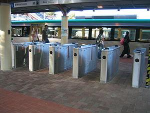 SmartRider - SmartRider fare gate at former Joondalup Line platform, Perth Station