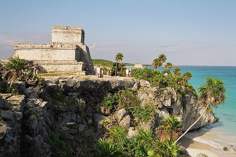 Ruinas de Tulum sobre el Mar Caribe