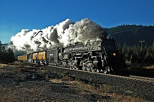 Union Pacific 3985 - UP 3985 Westbound at Sloat, California, 2005