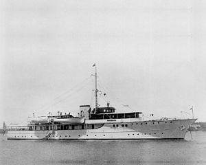 USS Moonstone (PYc-9).JPG