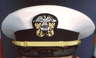 Scrambled egg (uniform) - Image: US Navy Hat Lieutenant Commander No Scrambled Eggs