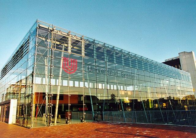 640px-Universität_Bremen_Glashalle.jpg (640×450)