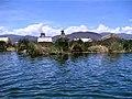 Uros - Floating Island - panoramio (1).jpg
