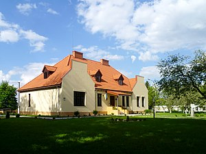 Ustylug Vol-Volynskyi Volynska-Stravinskyi house after reconstruction in 2013-left view.jpg