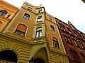 Váci utca 65, 2013 Budapest (431) (13227125225).jpg