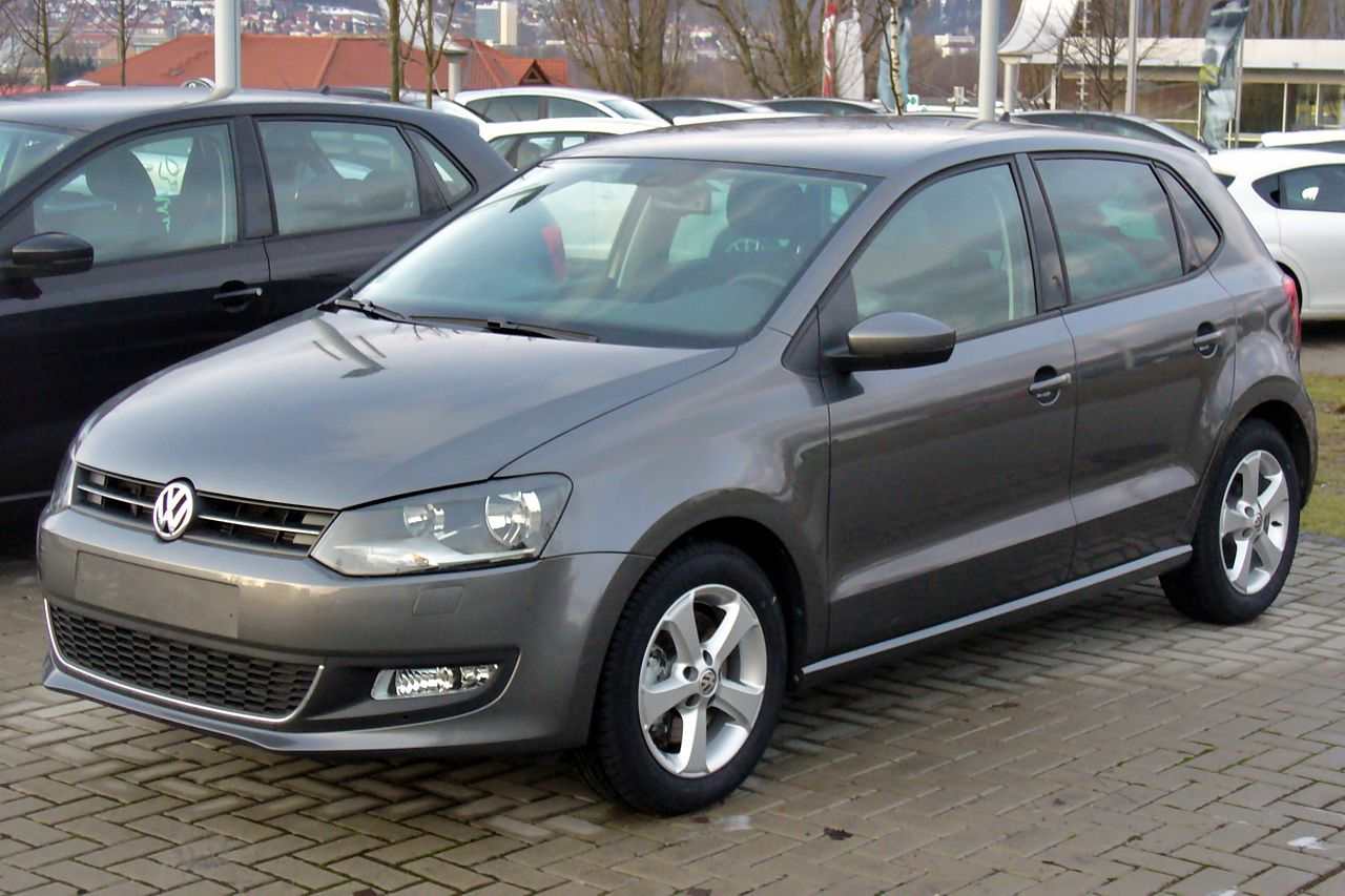 file vw polo v 1 6 tdi highline peppergrey jpg wikimedia commons. Black Bedroom Furniture Sets. Home Design Ideas