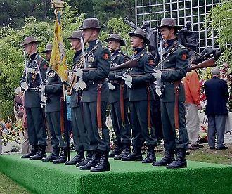 "Klewang - Colour Guard Regiment ""van Heutsz""."