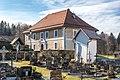 Velden Augsdorf Oberer Kirchenweg 9 Pfarrhof mit Friedhof 24122019 7767.jpg