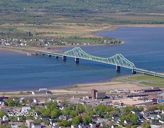 Restigouche River - View of the J.C. Van Horne Bridge crossing the Restigouche River between Campbellton, New Brunswick and Pointe-à-la-Croix, Quebec