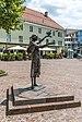 Villach Innenstadt Nikolaiplatz Franziskus-Skulptur vor der Nikolai-Kirche 03072018 3836.jpg