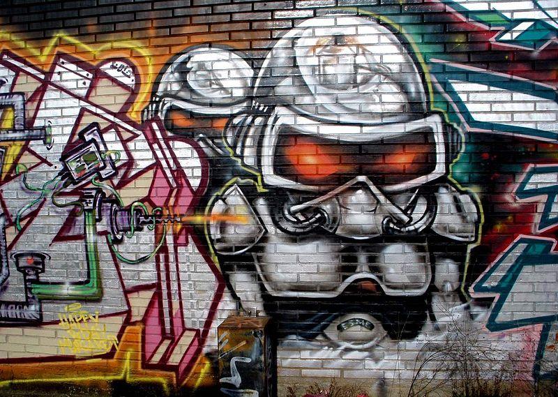 File:Vitoria - Graffiti & Murals 0467.JPG