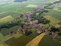 Vue aérienne de Laversines 01.jpg