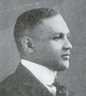 Walter A. Gordon - Image: Walter Arthur Gordon 1918