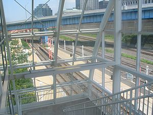 West 3rd (RTA Rapid Transit station) - Image: West 3rd Cleveland RTA station 1
