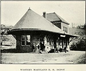Thomas, West Virginia - Image: Western Maryland Railroad Depot Thomas WV ca 1906