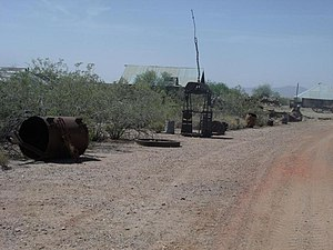 Vulture Mountains - Image: Wickenburg Vulture Mine Mine equipment