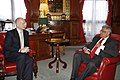 William Hague with Ranil Wickremasinghe 2.jpg