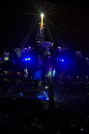 "With or Without You - Lighting effects during a performance of ""With or Without You"" on the U2 360° Tour."