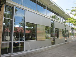 Woodstock Library, Portland, Oregon - 2012.JPG
