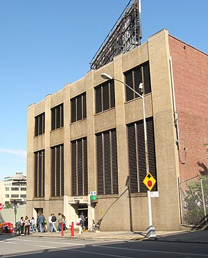 IND Sixth Avenue Line - York Street ventilation tower for Rutgers Street tunnel
