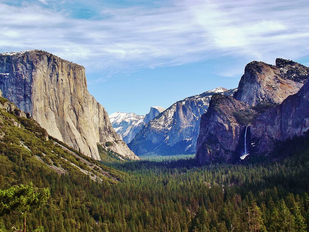The Best Hikes in Yosemite National Park: Plan Your Pit-Stops Here!