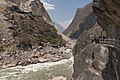 Yunnan China Tiger-Leaping-Gorge-04.jpg