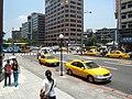 Zhongxiao East Rd. and Jilong Rd. intersection, Taipei 20060720.jpg