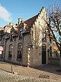 Zwarte Nonnenstraat 15 Hoekhuis, diephuis, jaren 1920.jpg