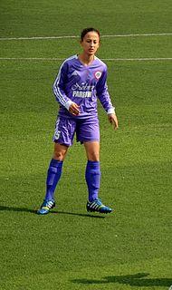 İpek Özgan Turkish woman football player