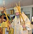 Епископ Калачёвский и Палласовский Иоанн совершает богослужение в Троицком храме посёлка Былково.jpg